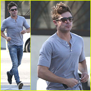 Zac Efron Honors Special Man on Father's Day!