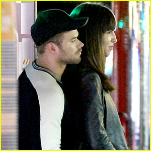 Kellan Lutz Cozies Up to Mystery Brunette After Young Hollywood Awards Win