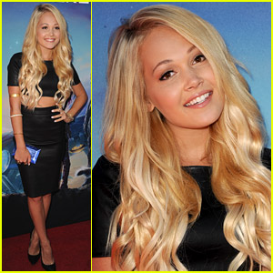 Kelli Berglund Debuts Blonde Hair at 'Guardians of the Galaxy' Premiere - See Her New Hair!
