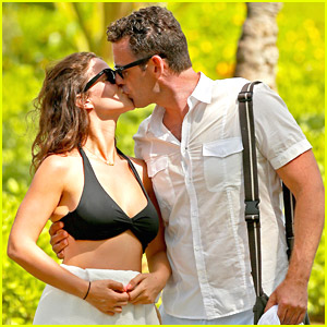 Tammin Sursok & Husband Sean McEwen Share Island Kisses
