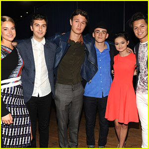 """fault in our stars cast dating About the fault in our stars from john green, the #1 bestselling author of turtles all the way down """"the greatest romance story of this decade"""" —entertainment weekly."""