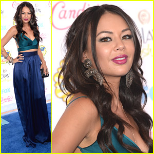 Janel Parrish Brings Her Villainous Good Looks To Teen Choice Awards 2014