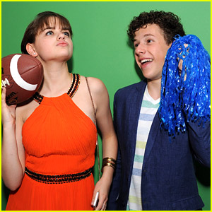 BFFs Joey King & Nolan Gould Get Silly at the Teen Choice Awards Backstage Creations Suite