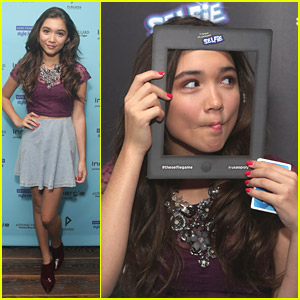 Rowan Blanchard Makes Silly Faces at Kari Feinstein's Style Lounge