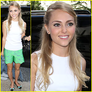 AnnaSophia Robb Reveals Why One of Her Passions is Learning About Nutrition!