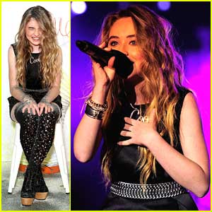 Sabrina Carpenter Gets Glitterfied at Slimefest 2014 in Sydney