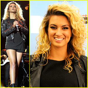Tori Kelly Can't Get Over Performing in Front of Thousands of People