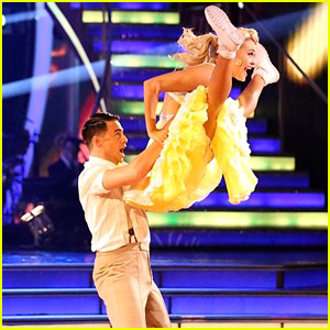 Jonathan Bennett & Peta Murgatroyd Give Us Joy with Their 'DWTS' Jitterbug - See the Pics!
