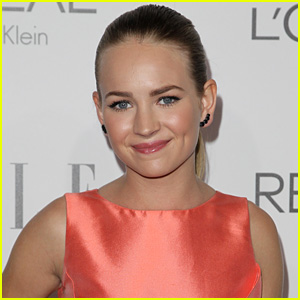 Britt Robertson Lands Lead Role in 'Cook' with Eddie Murphy