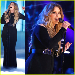 Ella Henderson Keeps Blowing Us Away With 'Ghost' - Watch Her 'Voice' Performance NOW!
