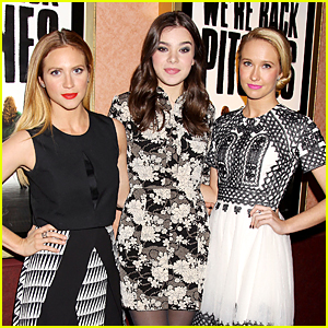 Hailee Steinfeld & Brittany Snow Make Surprise Appearance at 'Pitch Perfect' Screening