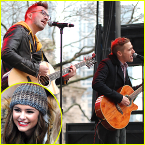 Kendall Schmidt Performs 'Blame It On The Mistletoe' at Magnificent Mile Lights Festival - Watch Here!