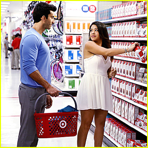 Jane & Rafael Are Getting All Domestic on 'Jane The Virgin' Tonight