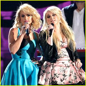 Meghan Trainor Performs at CMAs 2014 with Miranda Lambert! (Video)
