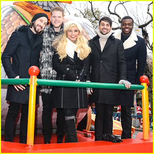 Pentatonix Sing 'Santa Claus Is Coming To Town' at Macy's Thanksgiving Day Parade - Watch Here!