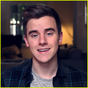 Connor Franta Comes Out as Gay in Emotional & Powerful YouTube Video