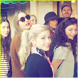Gracie Gold Hangs With Taylor Swift & Lorde on Catalina Island