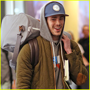 grant gustin returns to vancouver for postholiday �flash
