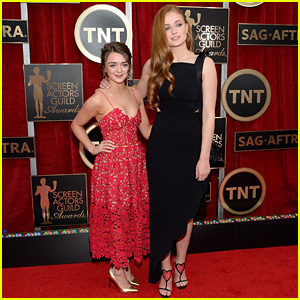 Maisie Williams & Sophie Turner Team Up for SAG Awards 2015 Red Carpet!