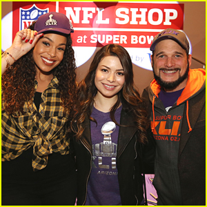 Every Witch Way further Every Witch Way also Every Witch Way Diego furthermore Miranda Cosgrove Jordin Sparks Kick Off Superbowl Festivities At Nfl Shop Grand Opening likewise Soulofgeography blogspot. on every witch way wizards of waverly place