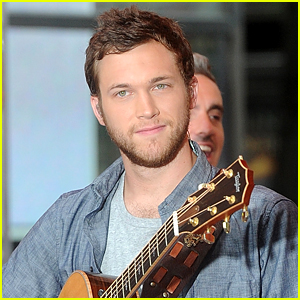 Phillip Phillips is Suing 'American Idol' - Find Out Why!