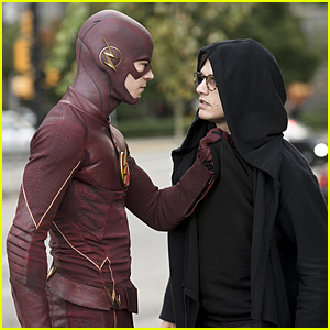Piped Piper Comes to Central City on Tonight's 'The Flash' - See the Stills!