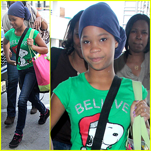 Quvenzhane Wallis Jets Off After Golden Globes