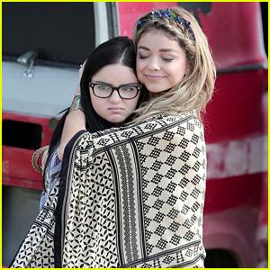 Sarah Hyland & Ariel Winter Bundle Up Under Blanket for 'Modern Family' Filming