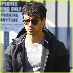 Joe Jonas is Growing Out His Hair Again & We're All About It