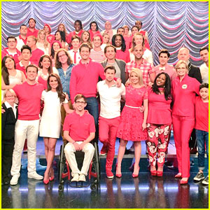 Lea Michele, Darren Criss & More Say Goodbye To 'Glee' After Last Day On Set