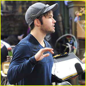 Nathan Kress Is Directing This Weekend's 'Henry Danger'!
