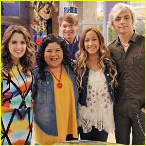 is austin and ally still dating