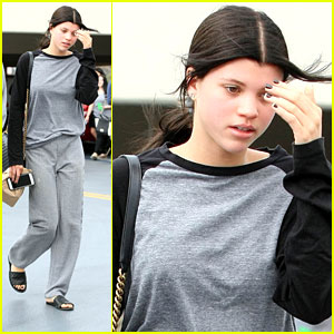 Sofia Richie Goes From Light To Dark Hair - See Her New Color!