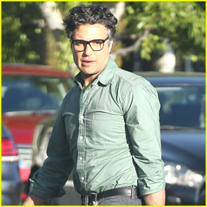Jane The Virgin's Jaime Camil Grabs Lunch Before A Place Called Home Visit