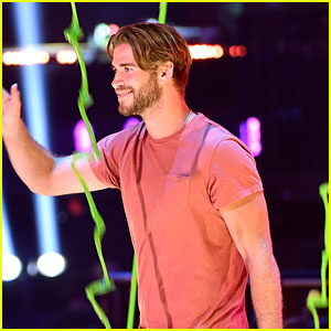 Liam Hemsworth Photos News Videos And Gallery Just Jared Jr Page 49