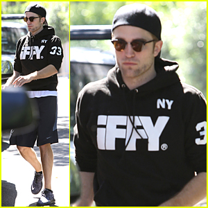 Robert Pattinson Steps Out After FKA twigs Bares Fake Baby Bump
