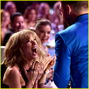 Taylor Swift Totally Freaks Over Her iHeartRadio Awards Win (Video)