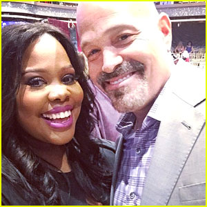 Amber Riley Pays It Forward; Brings 'Airport Angel' John Silverman To 'DWTS' Taping