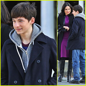 Jared Gilmore Remembers His Grandfather On Twitter