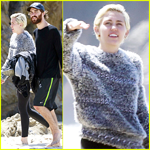 Miley Cyrus Sings to Famous Rap Song on Northern California Road Trip