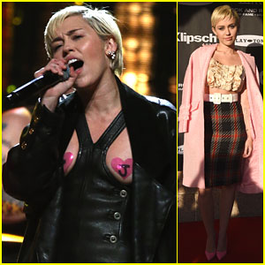 Miley Cyrus Says Joan Jett is What 'Superwoman Really Should Be'