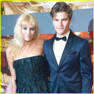 Pixie Lott & Oliver Cheshire Go To The Ballet For Backstage Gala 2015