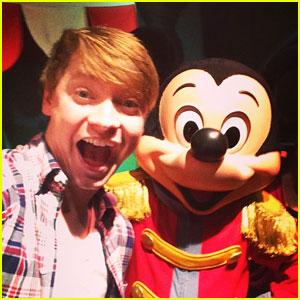 Calum Worthy Will Kick Off Summer At Disney World With JJJ!