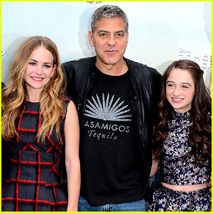 Britt Robertson Describes Working with George Clooney on 'Tomorrowland'