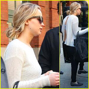 Jennifer Lawrence Keeps it Simple in NYC
