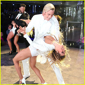Riker Lynch & Allison Holker Repeat Freestyle On 'DWTS' Season Finale - See The Pics!
