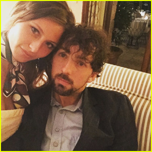 iZombie's Aly Michalka Marries Stephen Ringer!