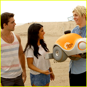 John DeLuca Puts Mustache On Ross Lynch's Sand Art With BeachBot - Watch The Video NOW!