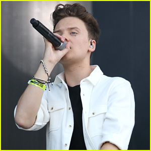 Conor Maynard Would Love to Hit the Studio With Zayn Malik