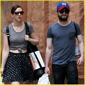 Daniel Radcliffe is Super Fan Friendly While Shopping in NYC With Girlfriend Erin Darke